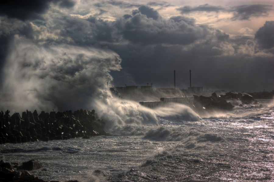04_black_sea_storm
